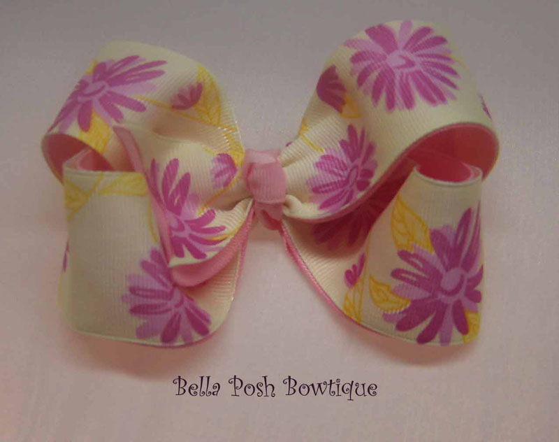 Sweet Bella  Flower Boutique Bow-